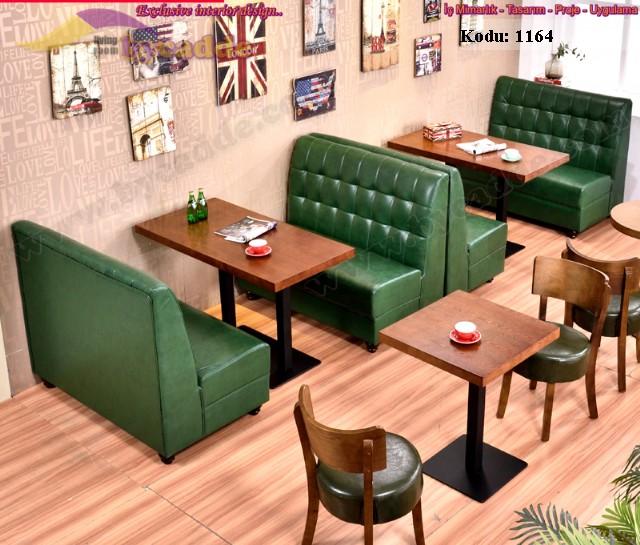 Kapitoneli Cafe Koltukları